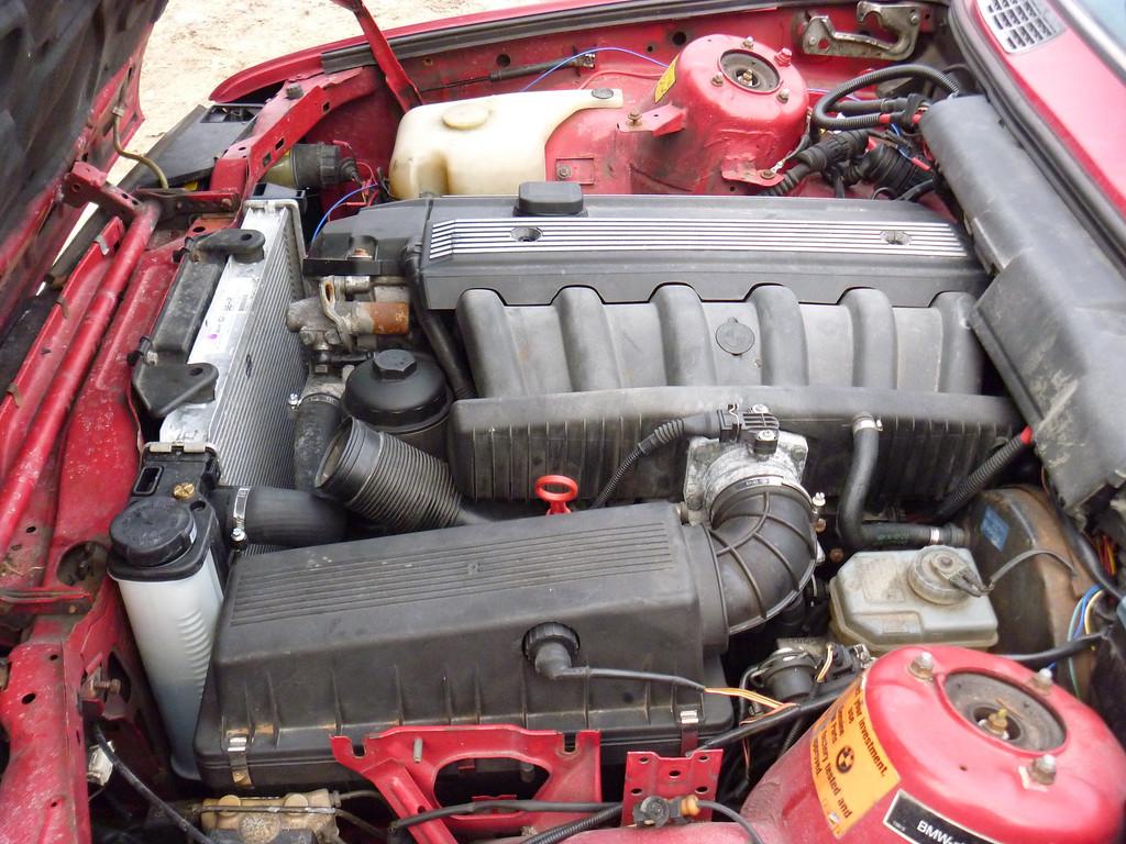 Oem E34 Airbox On M52 E30